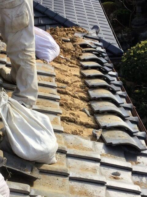 ステップ2:下地板の腐食状況確認および劣化部分の補強