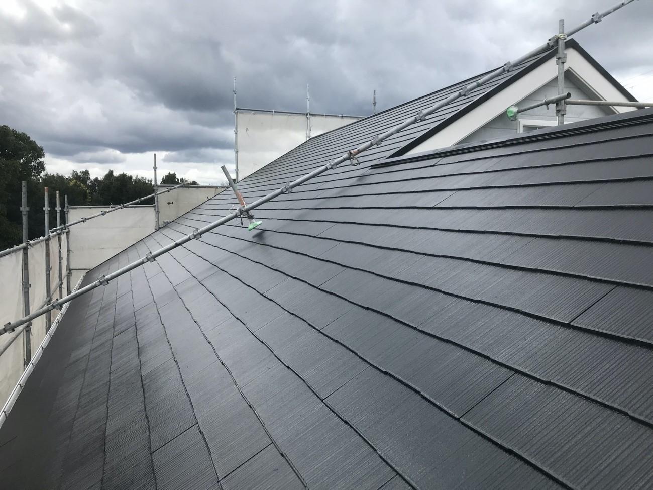 コロニアル屋根とは?屋根メーカーと使用率について