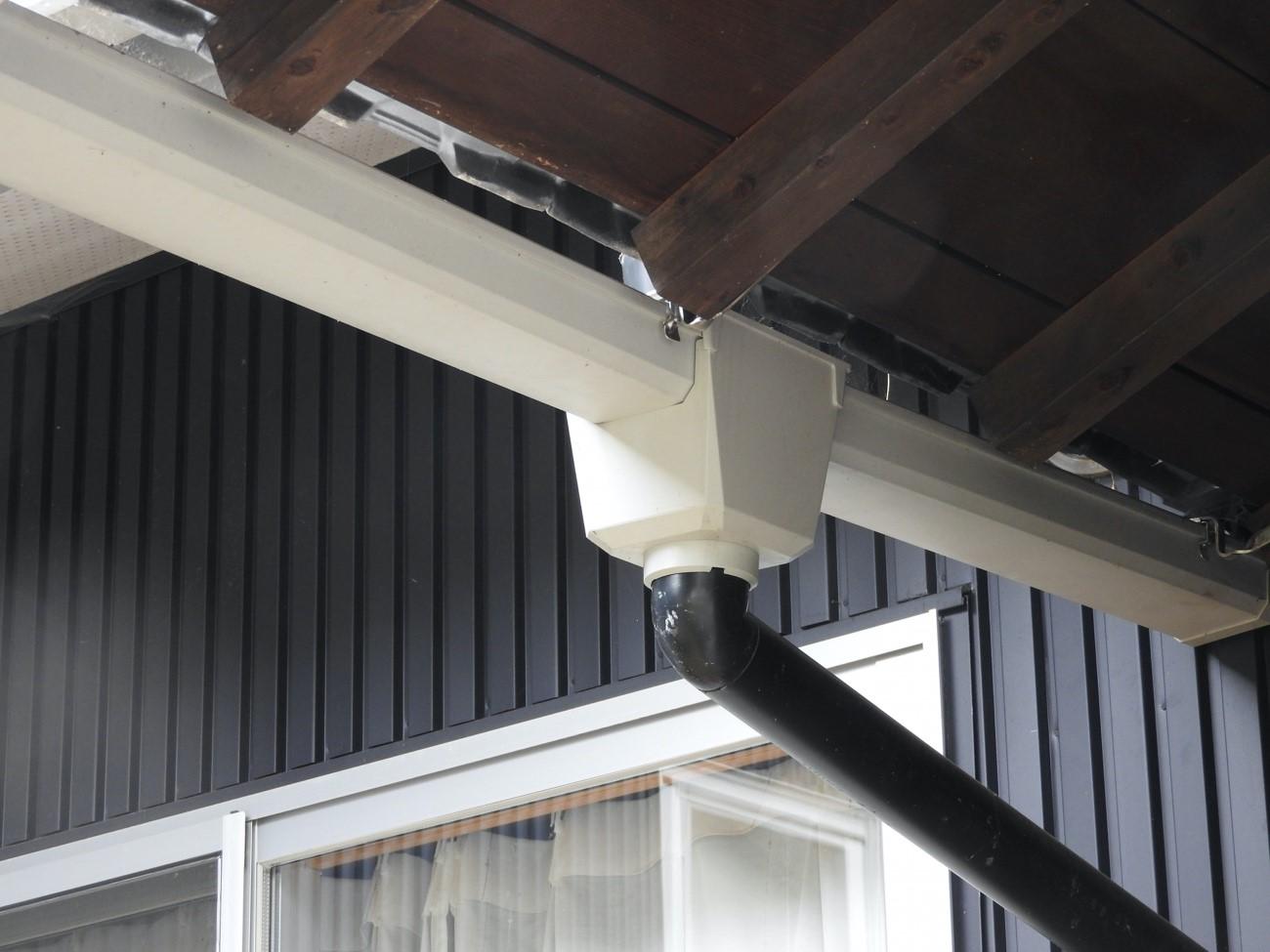 屋根工事の時に行っておきたい雨樋工事と注意点
