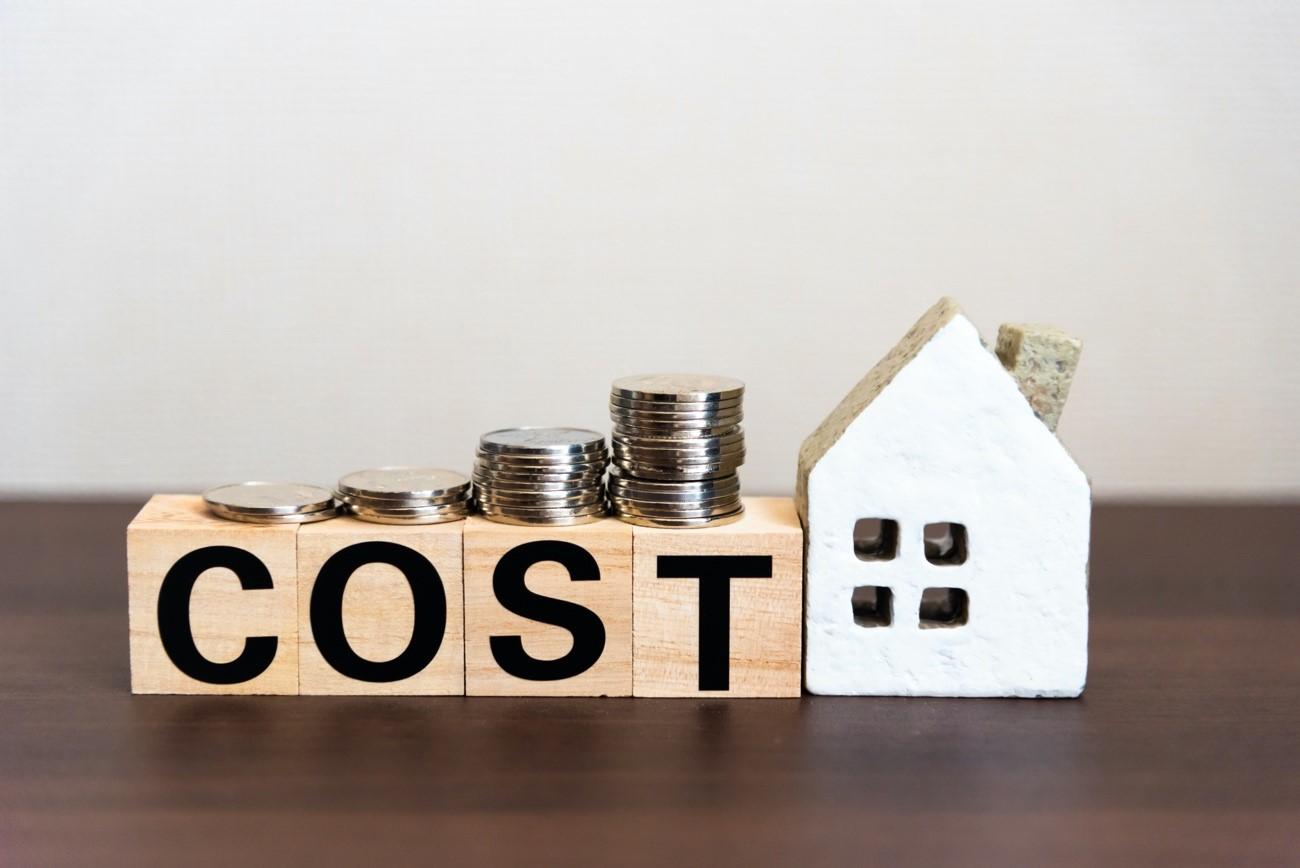 ガルバリウム鋼板屋根のメーカーと価格
