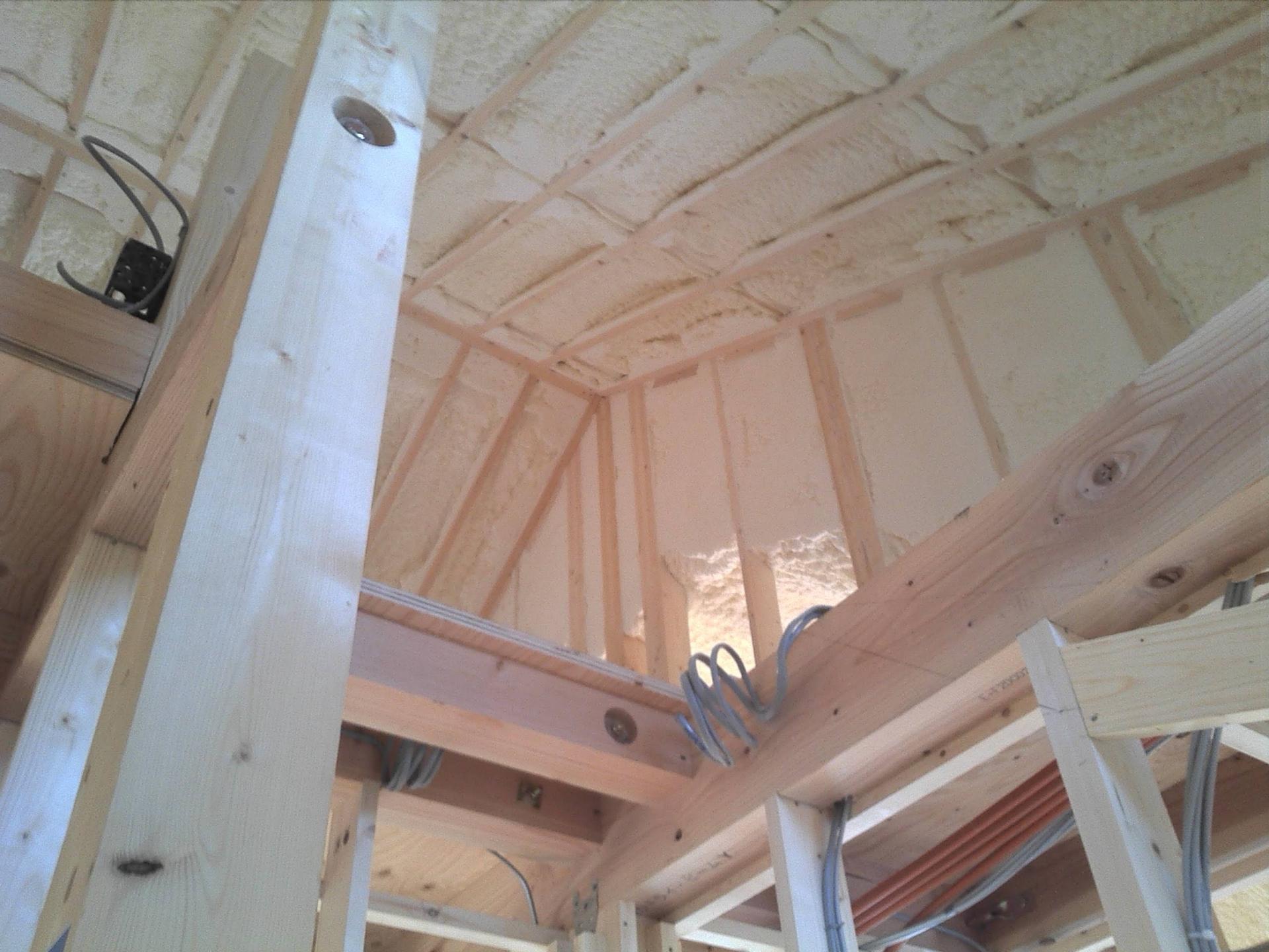 ガルバニウム鋼板屋根の断熱性