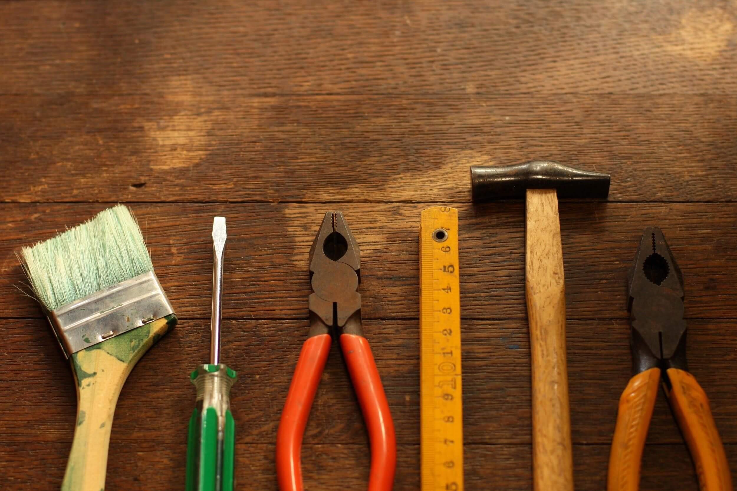 プレハブ屋根の修理方法と費用相場