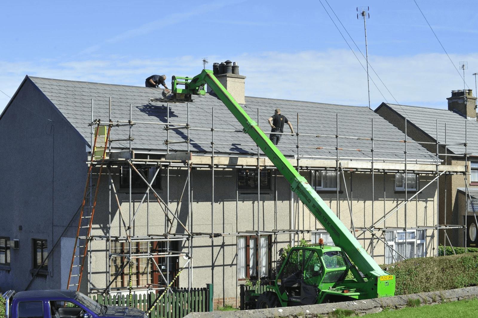 屋根の修理方法と相場
