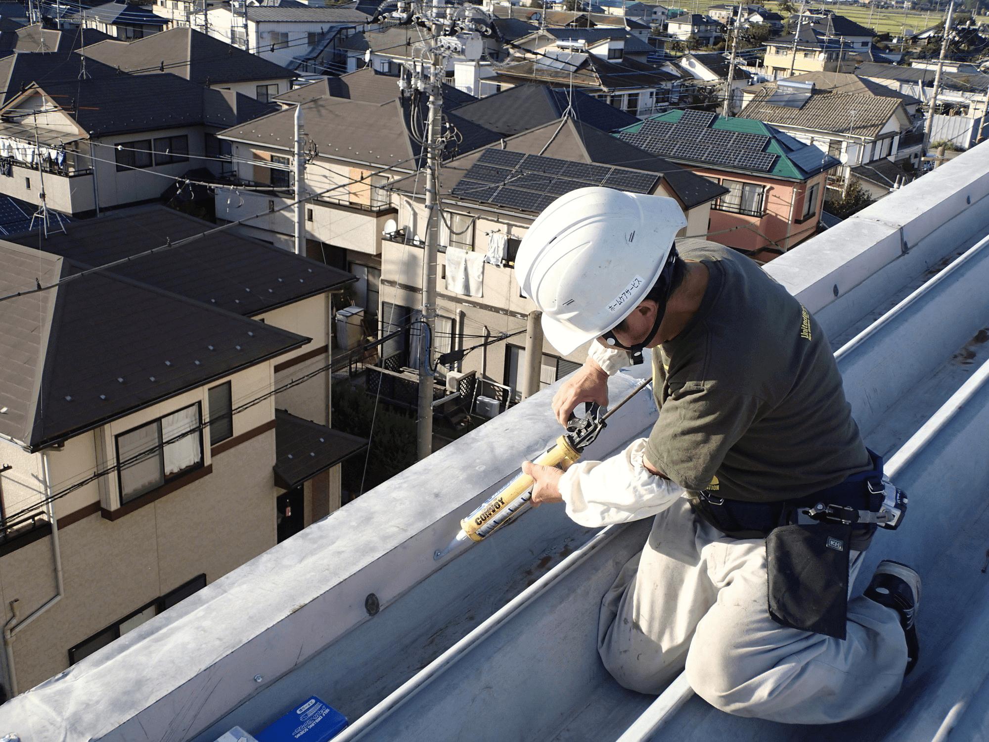 知識不足の業者による瓦の適当なシーリング工事