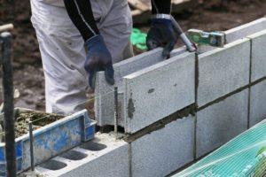 ブロック塀の修理方法や費用は?劣化の状況別に徹底解説!