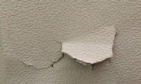 クロス破れから大きな穴まで!室内壁のDIY修理方法を徹底解説!