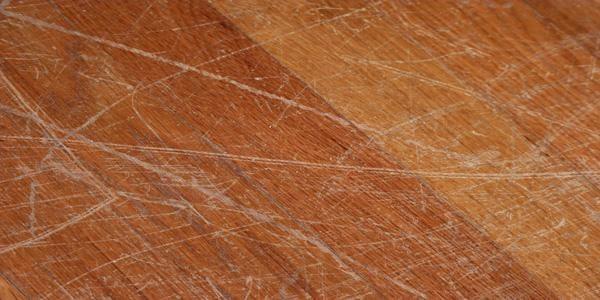 床の傷・凹み