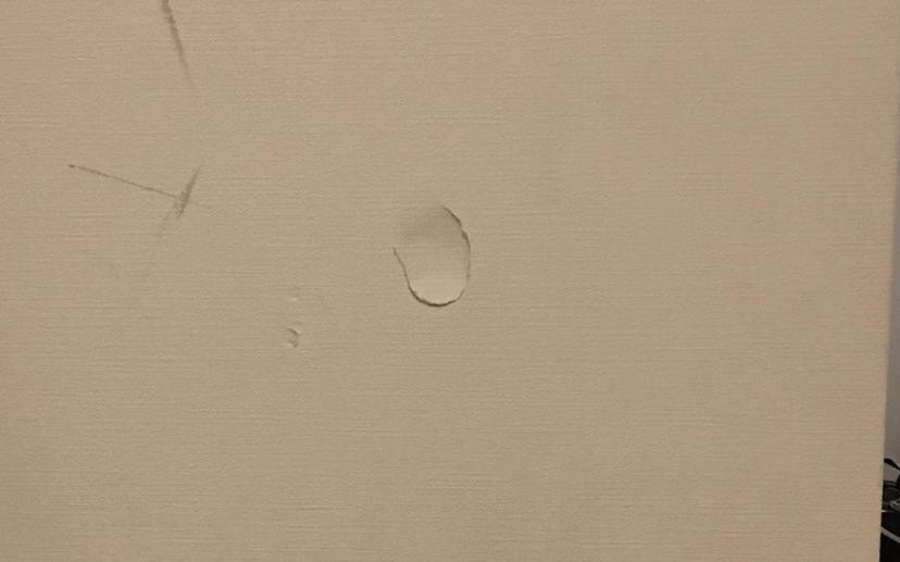 センチ前後の穴
