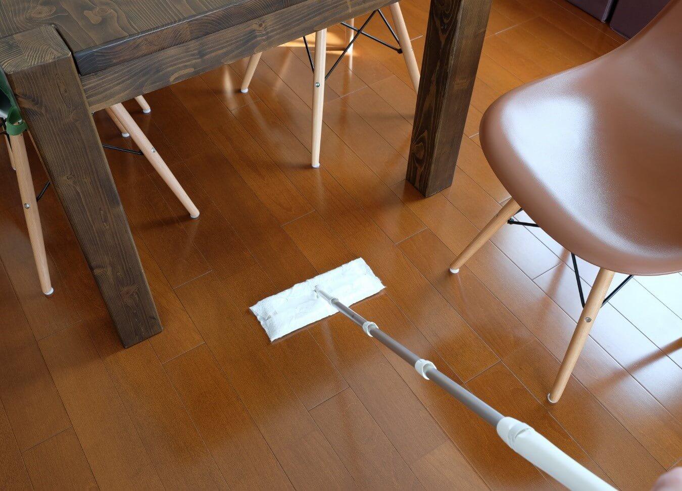 【保存版】フローリングの簡単お手入れ方法!種類や塗装の知識も解説
