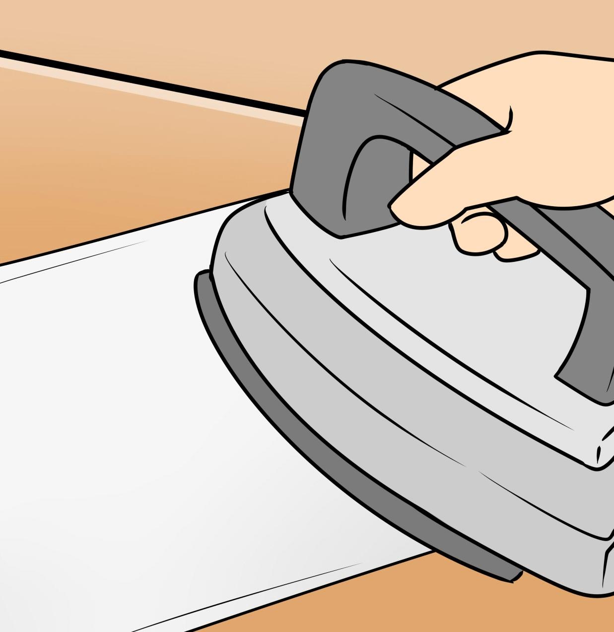 ③5分程度経過したら水で絞った薄い布を凹みに被せ、アイロンを充てる。