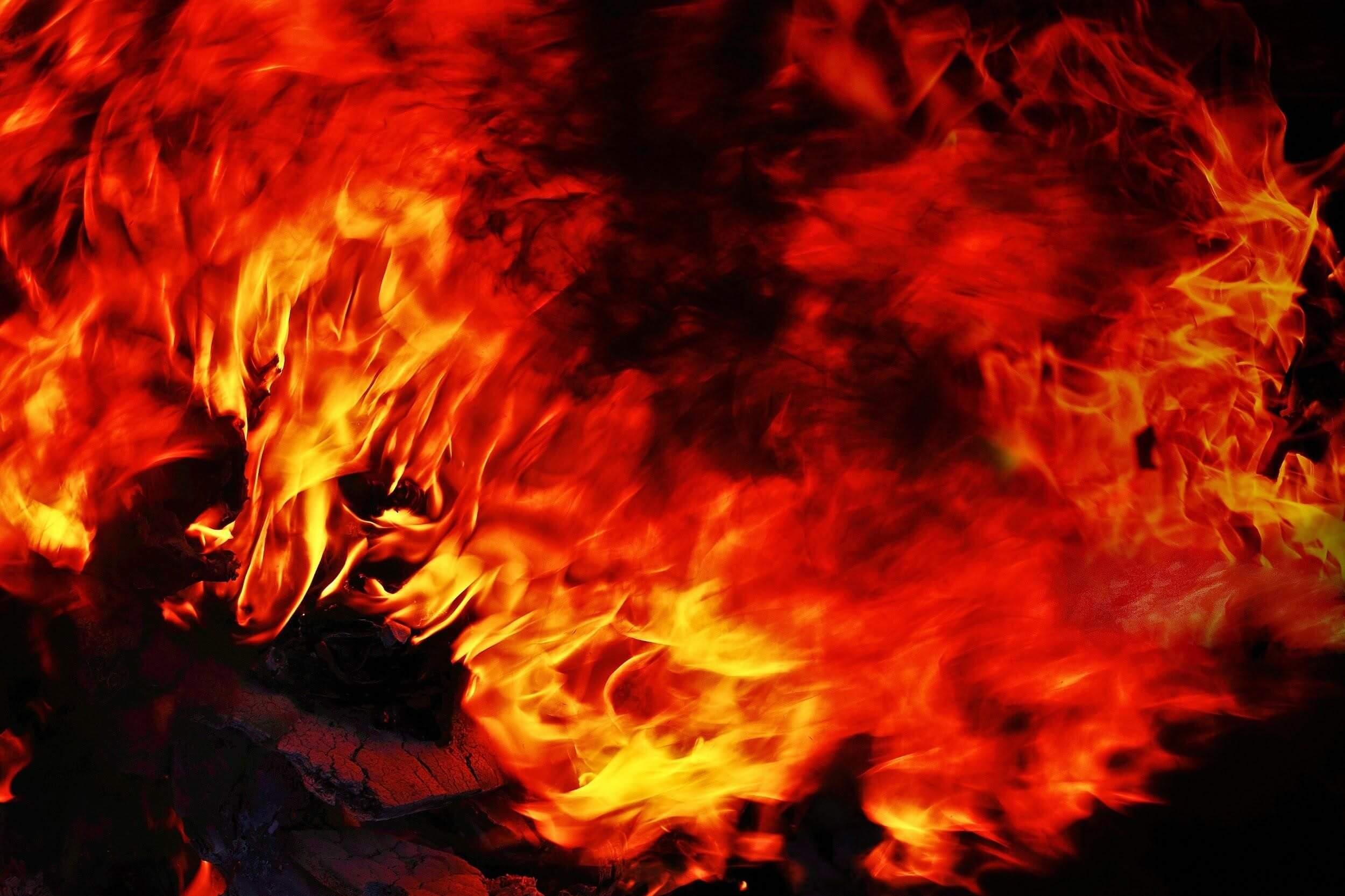 火災保険で壁の補修費用を抑える