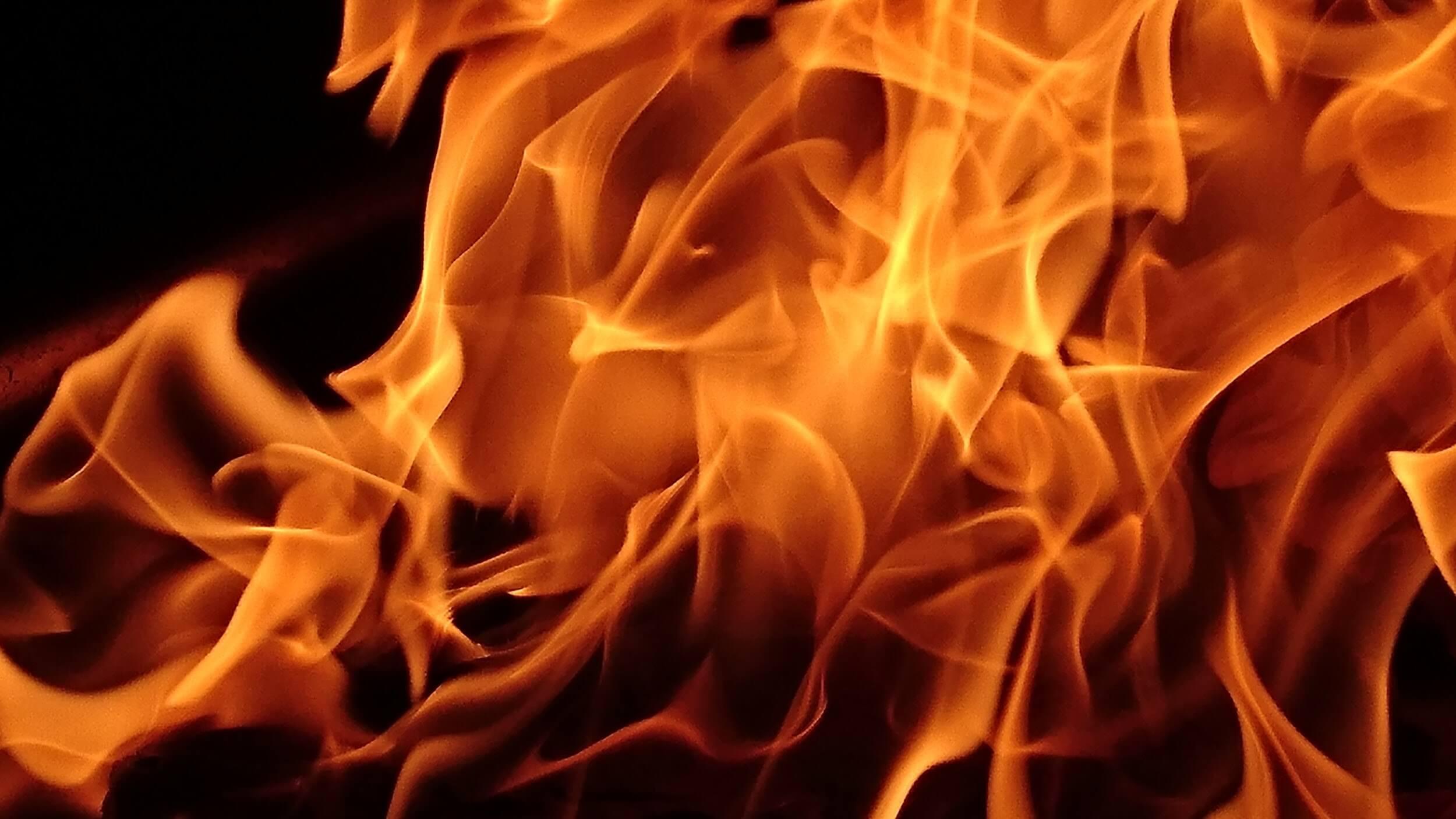 火災保険を使って格安に張替える