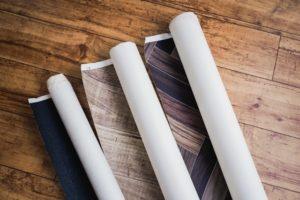 どこで買えばいい!?補修用壁紙の探し方。DIY補修の方法も解説!どこで買えばいい!?補修用壁紙の探し方。DIY補修の方法も解説!