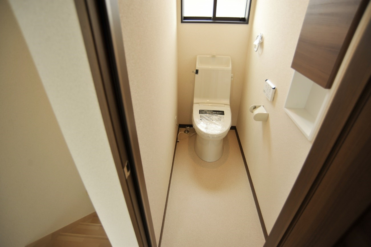 トイレの扉を交換して気分一新 注意点と費用を徹底解説