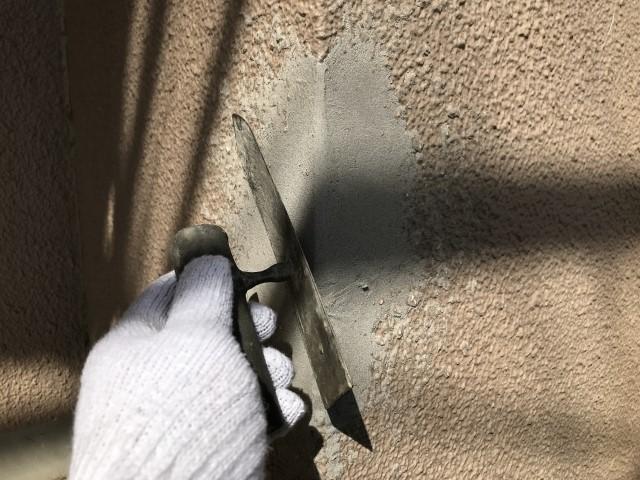 コンクリート壁のDIY補修は可能?