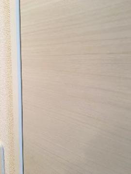 写真1.トイレの扉の補修例